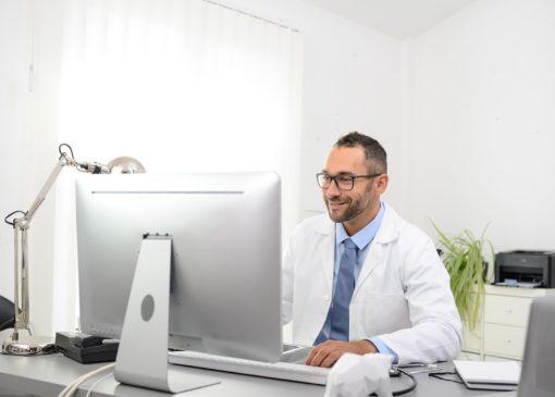 como melhorar gestão de clínica