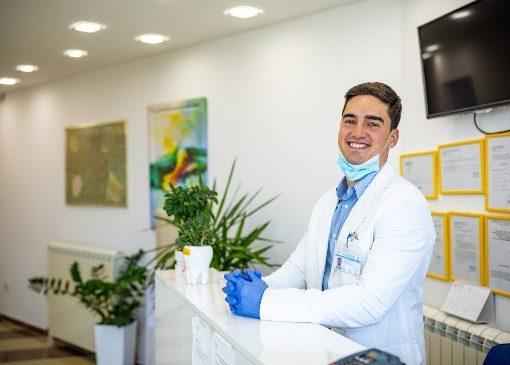 recepção de clínica como fazer